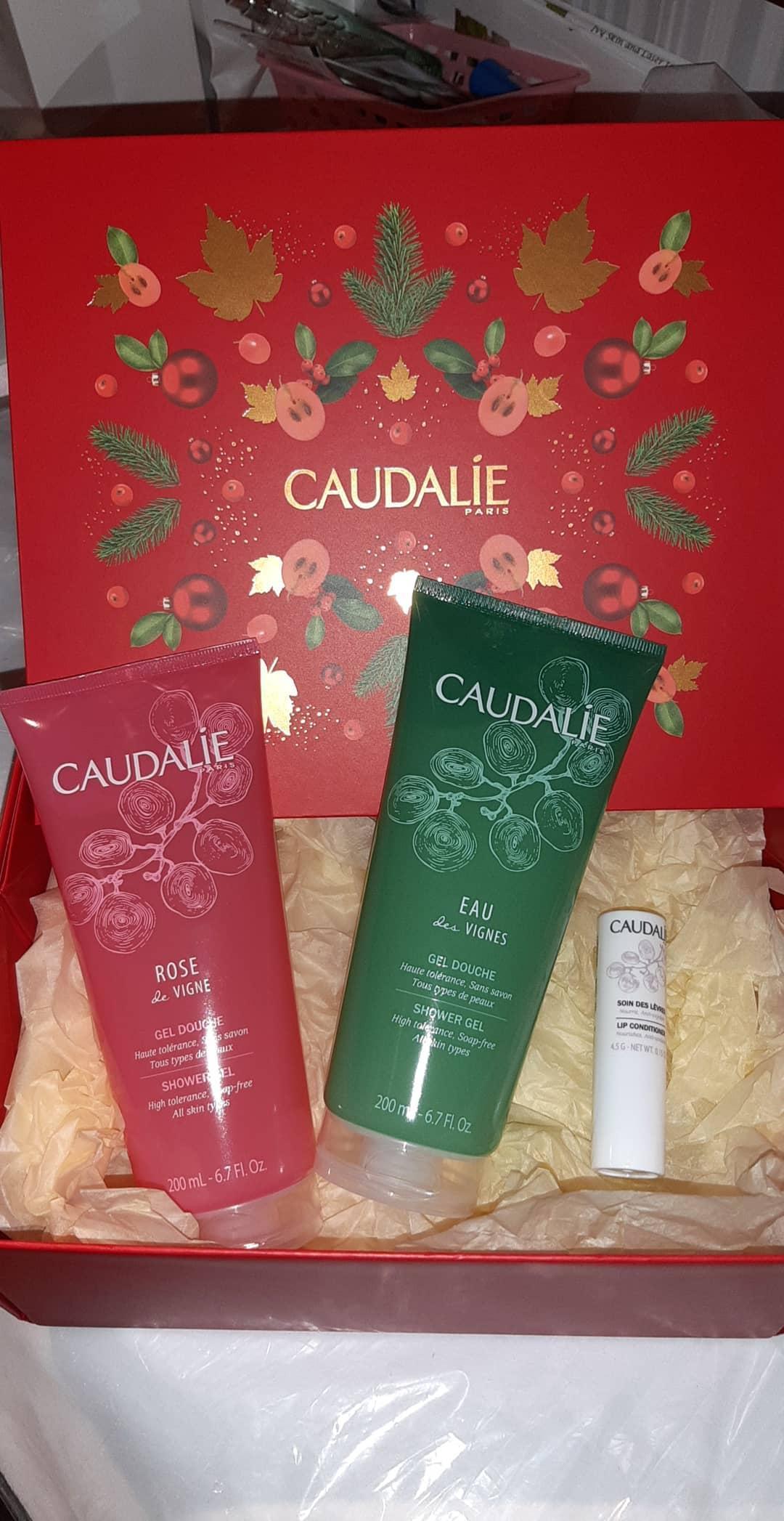 The Ivy Giftbox -Caudalie Shower Gels